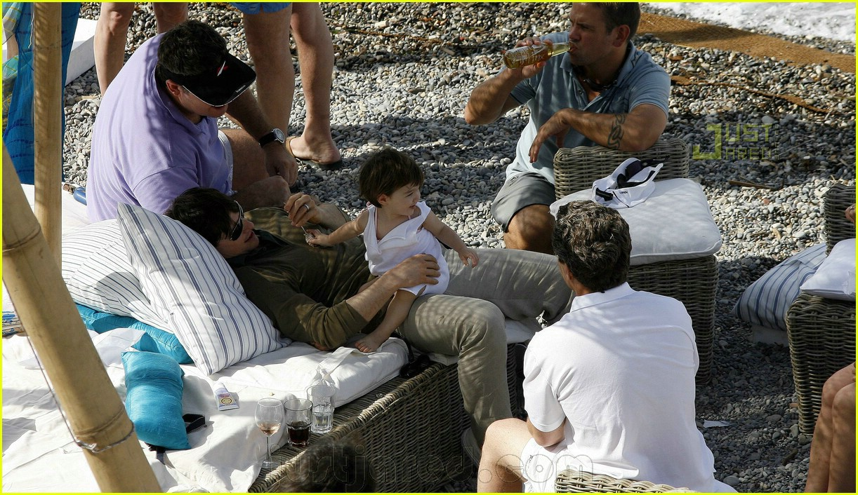 11 tom playing with suri