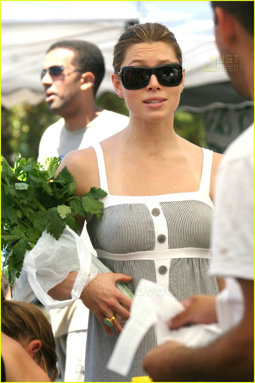 jessica biel im not a plastic bag 01
