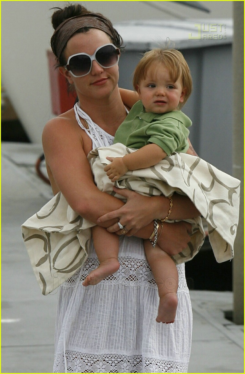 britney spears marina del ray 10
