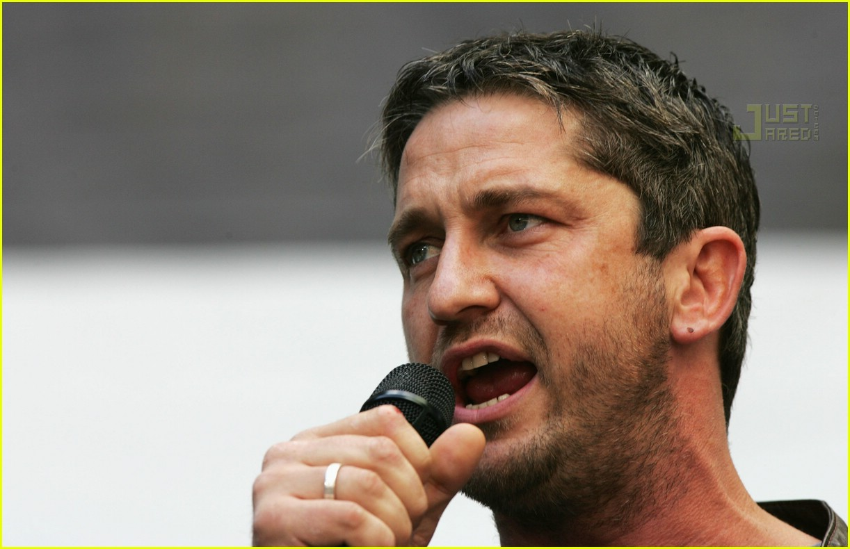 gerard butler live earth 01