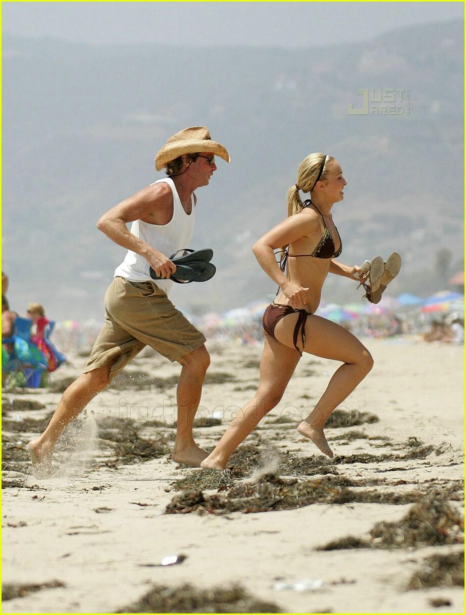 hayden panettiere bikini babe 22514161