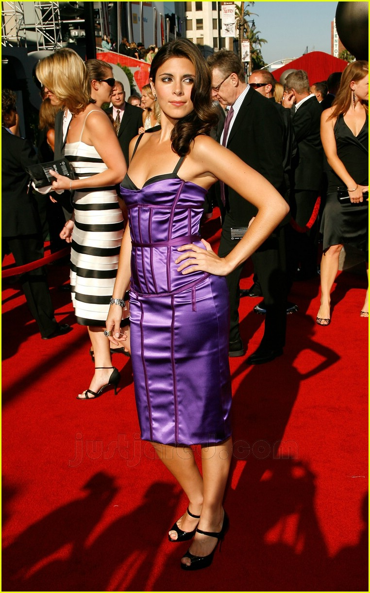 jamie lynn sigler dolce gabanna dress 08
