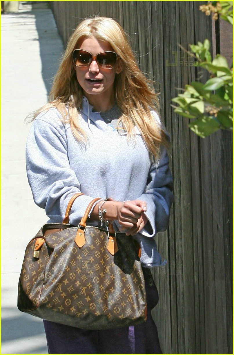 jessica simpson working out 14