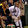 david beckham injured knee 28