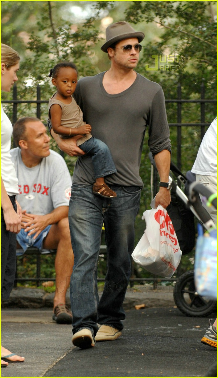 brad pitt kids playground 09