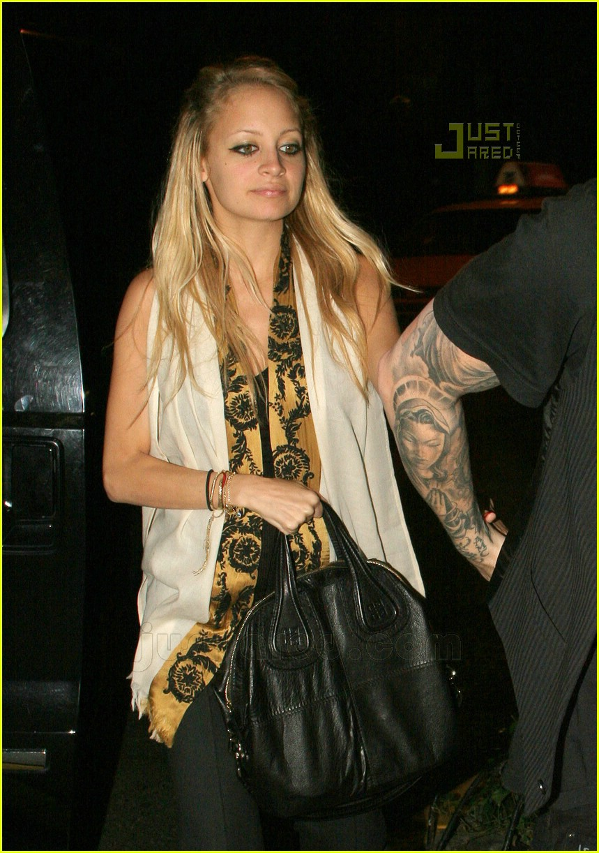 nicole richie penn station 03