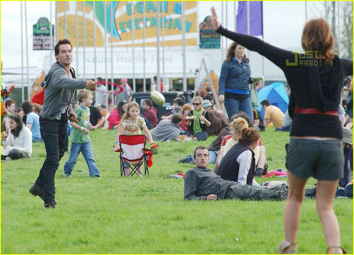jonathan rhys meyers electric picnic festival 03