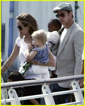 brad angelina water taxi ride 31