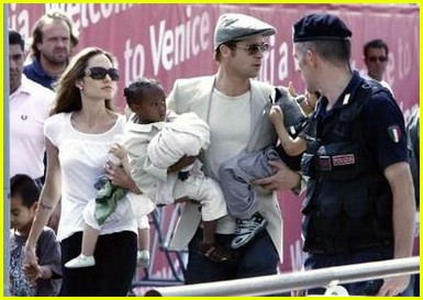 brad angelina water taxi ride 33562251