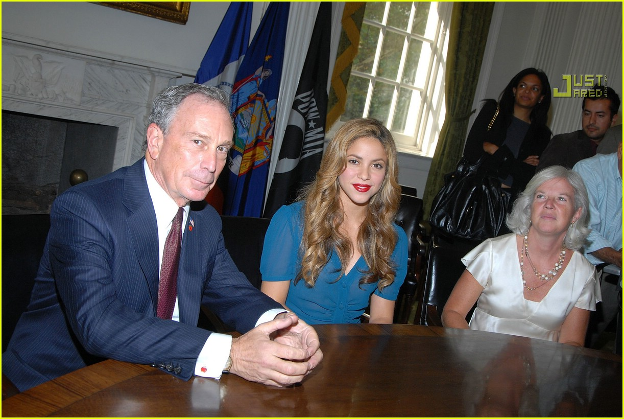 shakira mayor bloomberg 02
