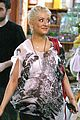 christina aguilera baby store shopping 15