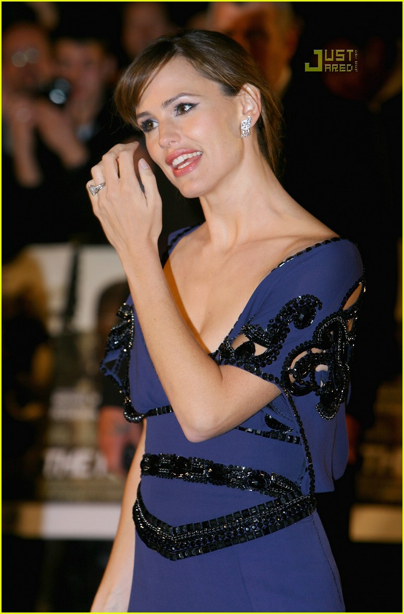 jennifer garner cut outs 21
