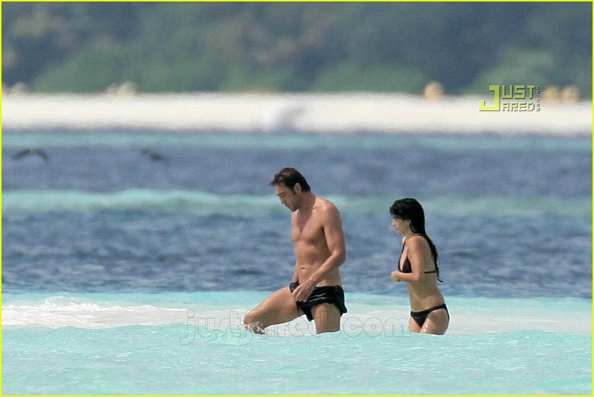 penelope cruz javier bardem maldives 32650261