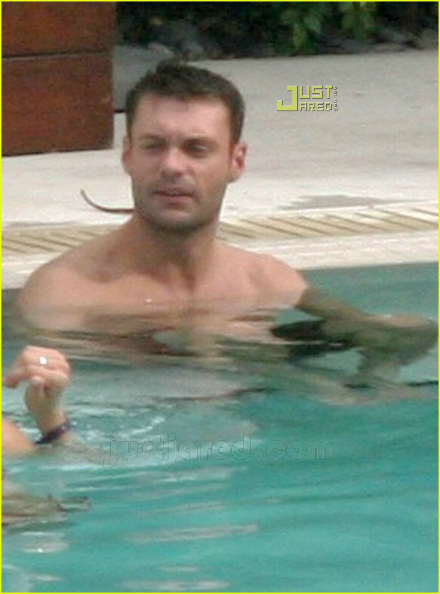 ryan seacrest simon cowell shirtless 09
