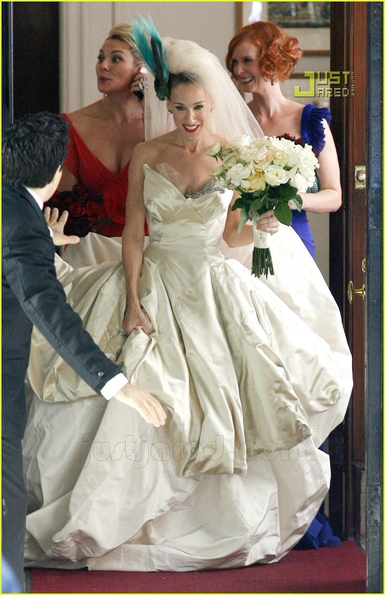 Full sized photo of sarah jessica parker wedding dress 01 for Sarah jessica parker wedding dress