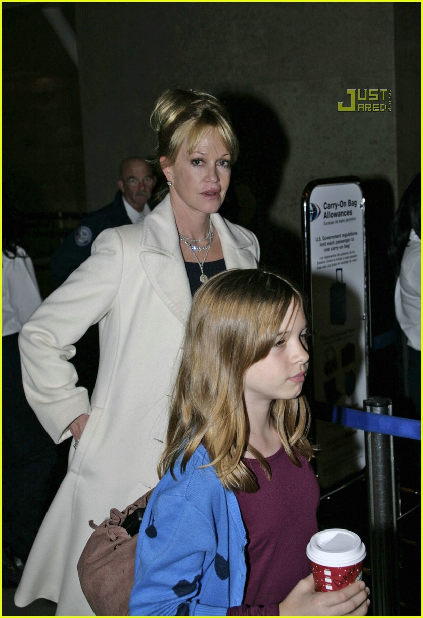 melanie griffith daughters 11