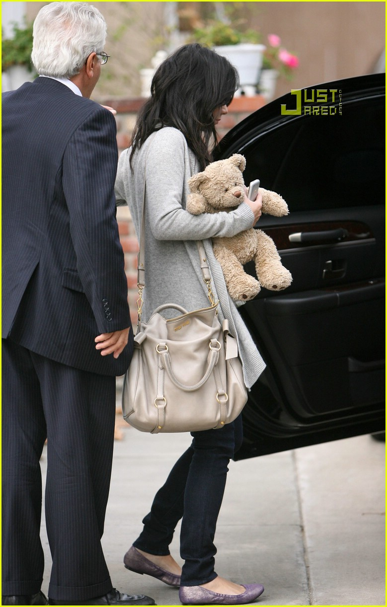 vanessa hudgens teddy bear 11