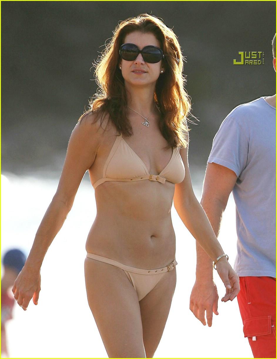 Kate Walsh Flaunts Her Bikini Body Photo 754781 Alex