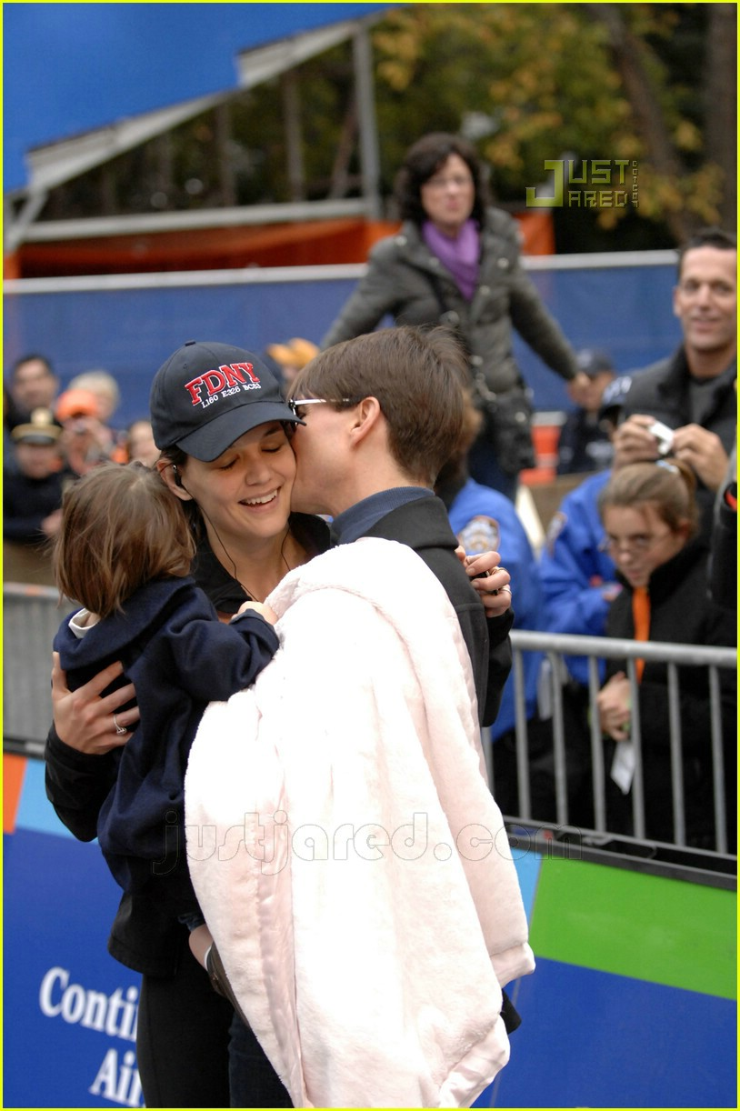 katie holmes nyc marathon victory party 11