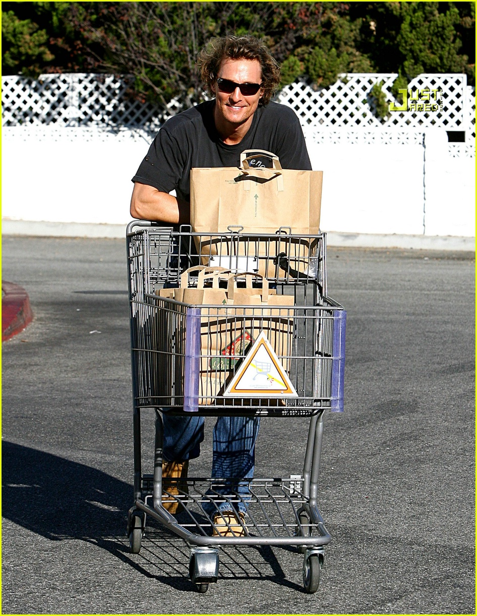 matthew mcconaughey grocery shopping 06