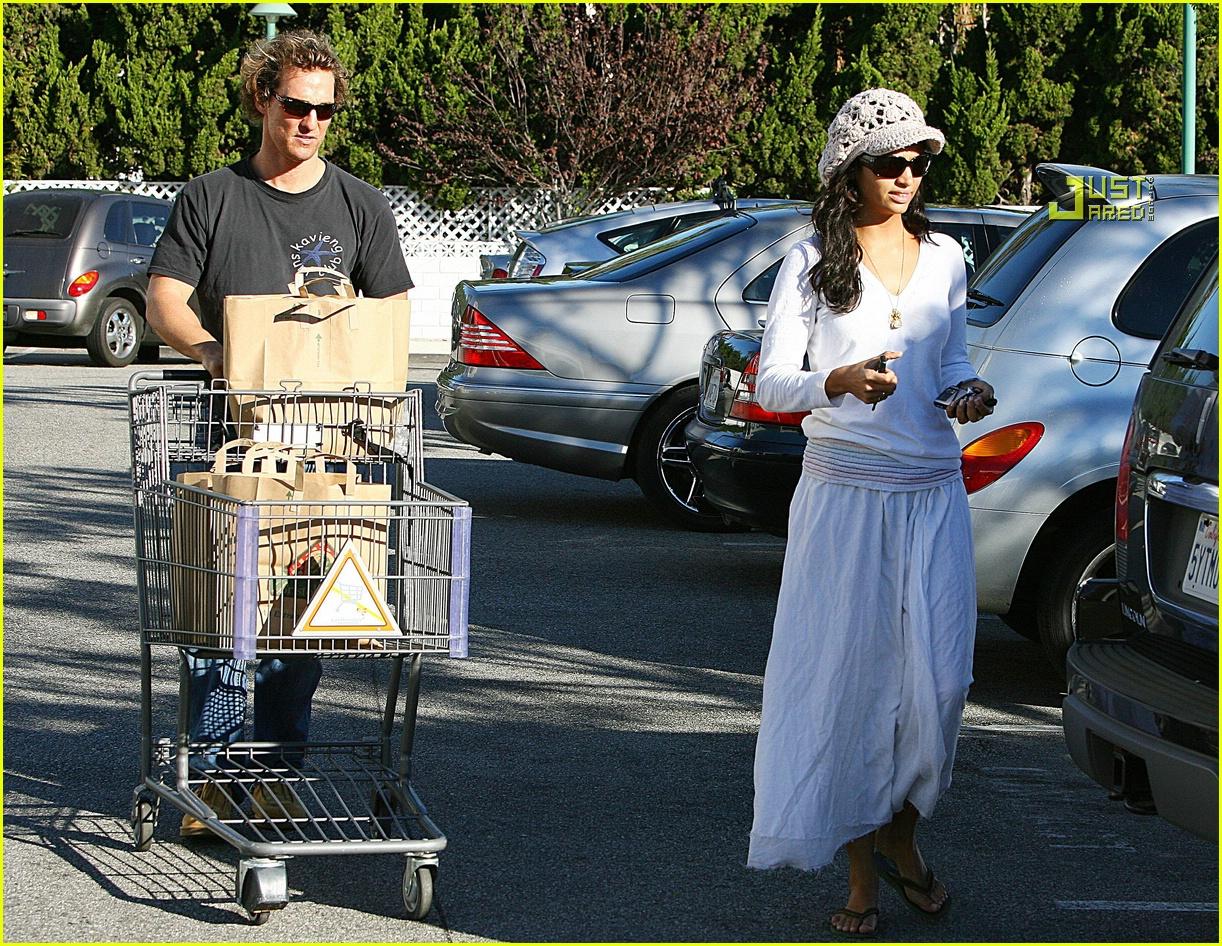 matthew mcconaughey grocery shopping 07756511