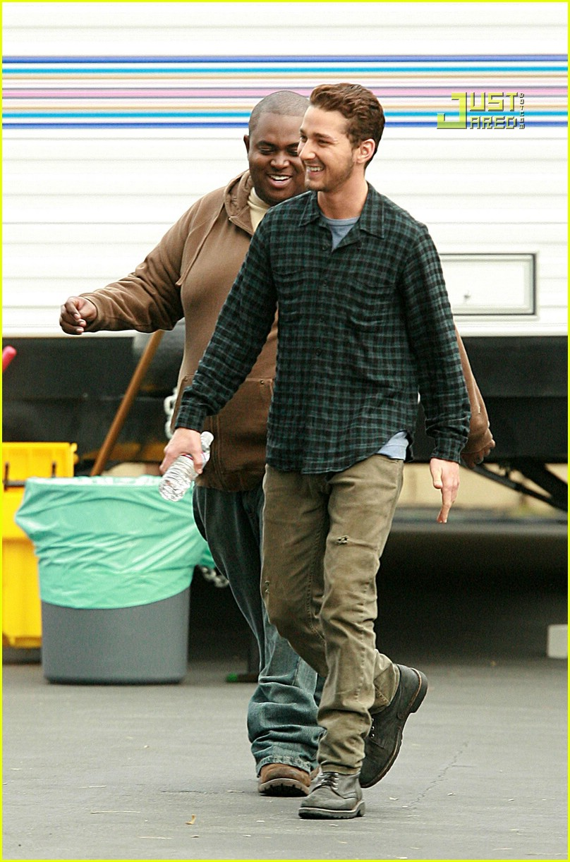 shia labeouf plaid 06757041