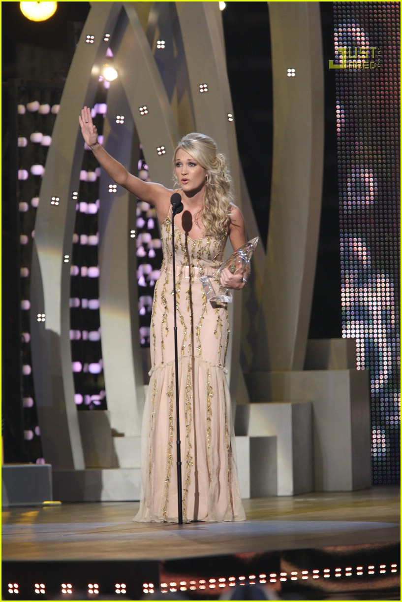 carrie underwood cmas performance 2007 23717391