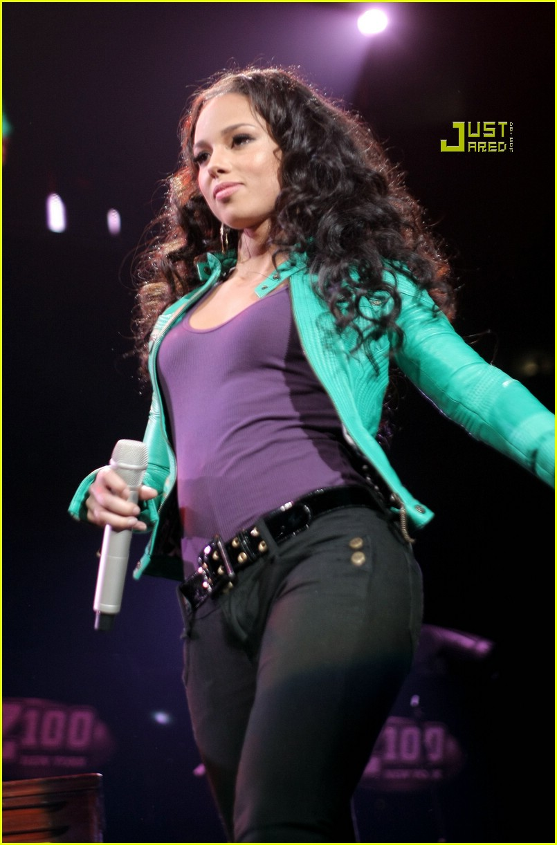 alicia keys jingle ball 07