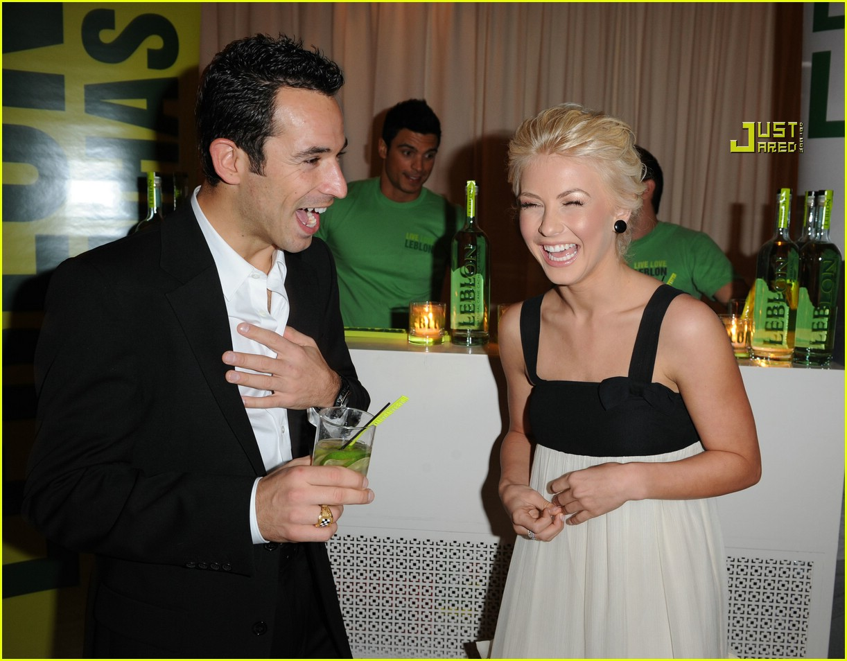helio castroneves julianne hough party 34