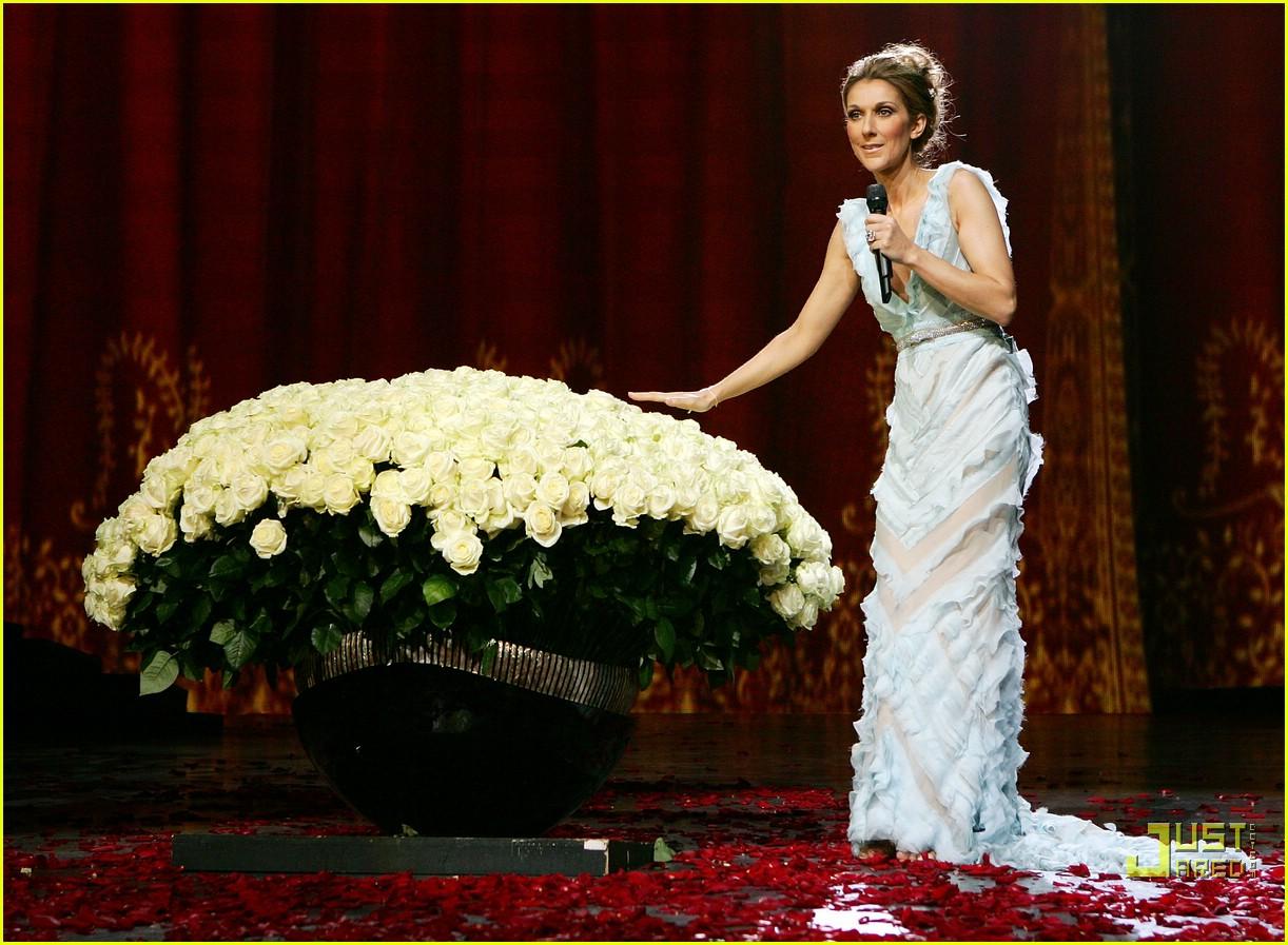 Full Sized Photo Of Celine Dion Final Bow Las Vegas 10