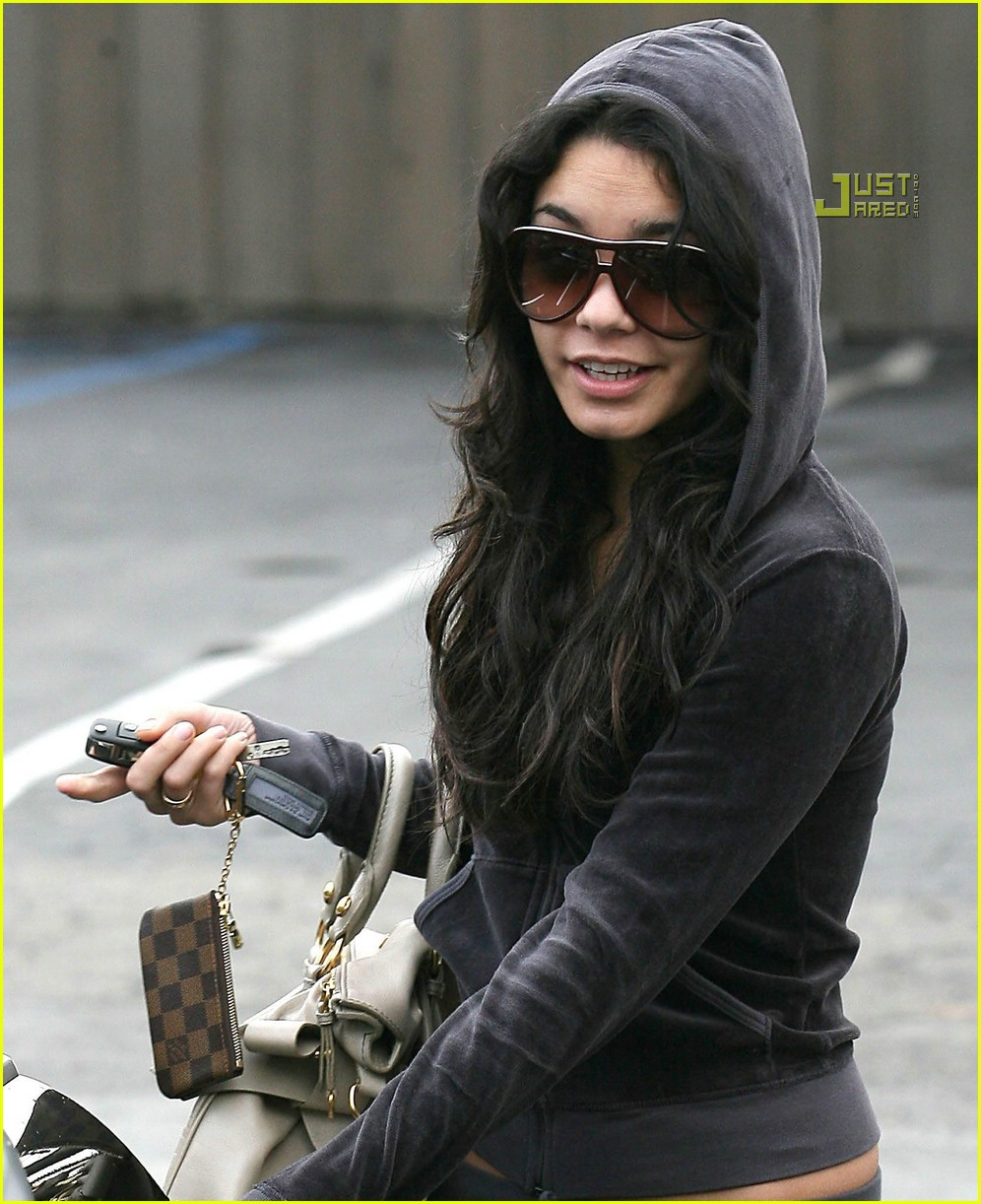 vanessa hudgens family fun 14