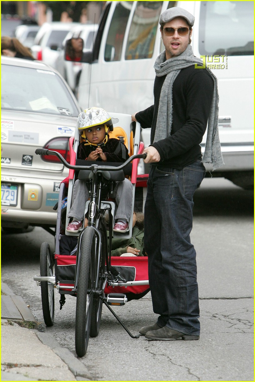 angelina jolie shiloh bicycle 08815331