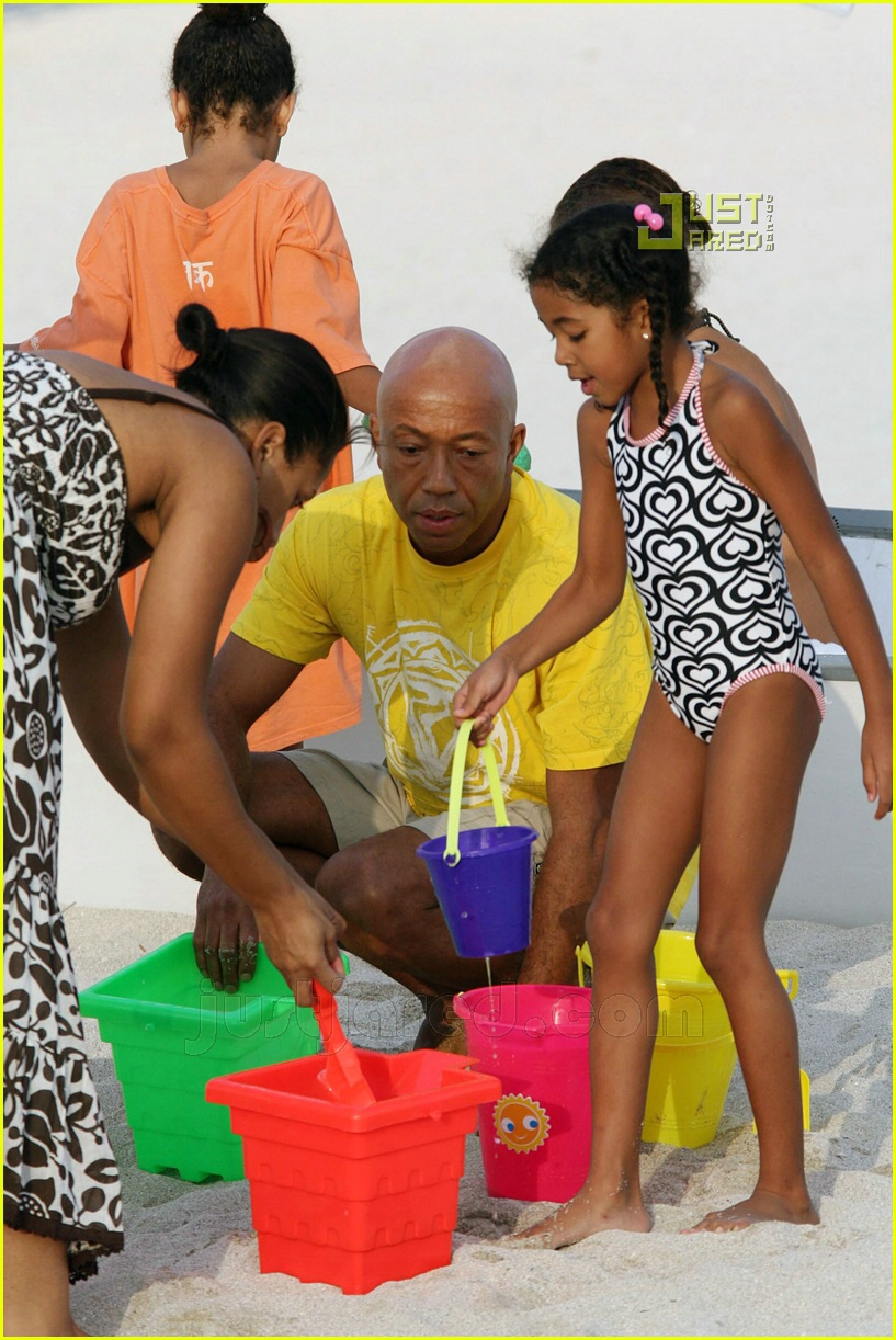 russell simmons beach 01