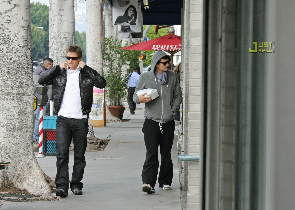 orlando bloom doggie bag 13