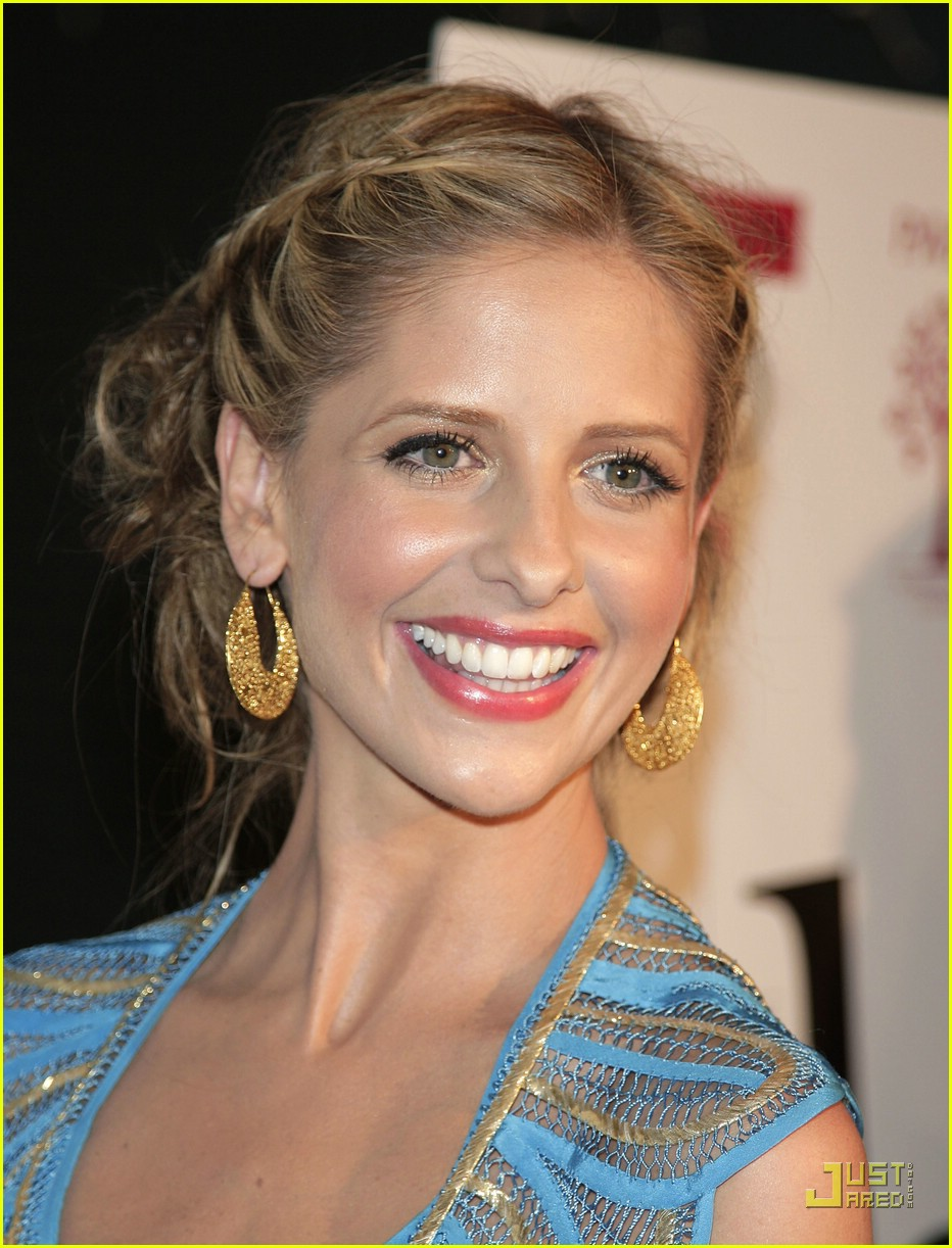 sarah michelle gellar brilliant blue 15855591