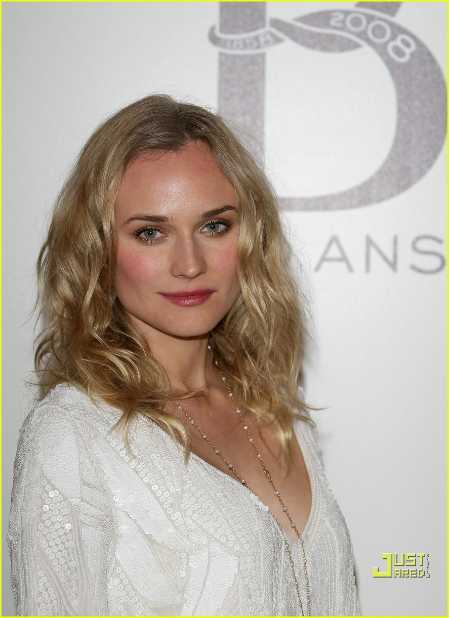 diane kruger paris fashion week 2008 04