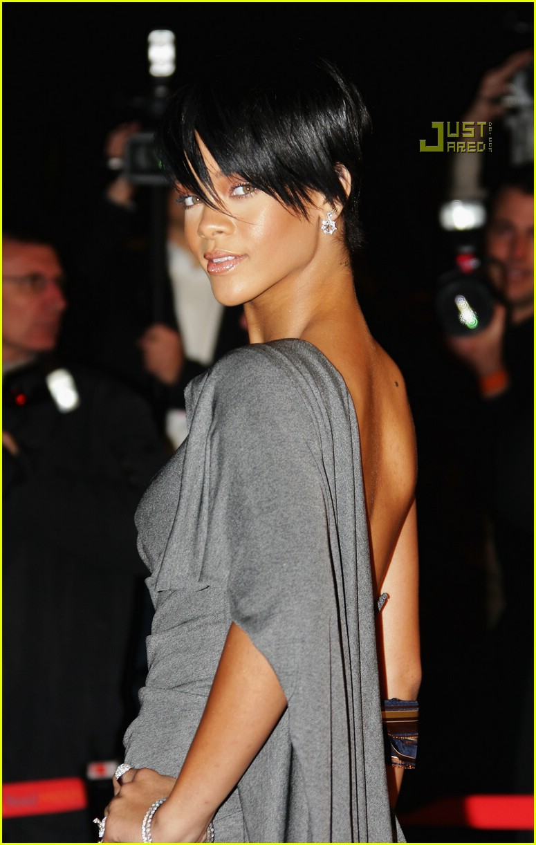 rihanna super short hair 12