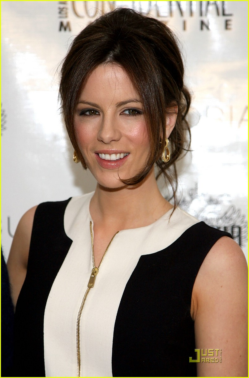 kate beckinsale pre oscars party 01948701