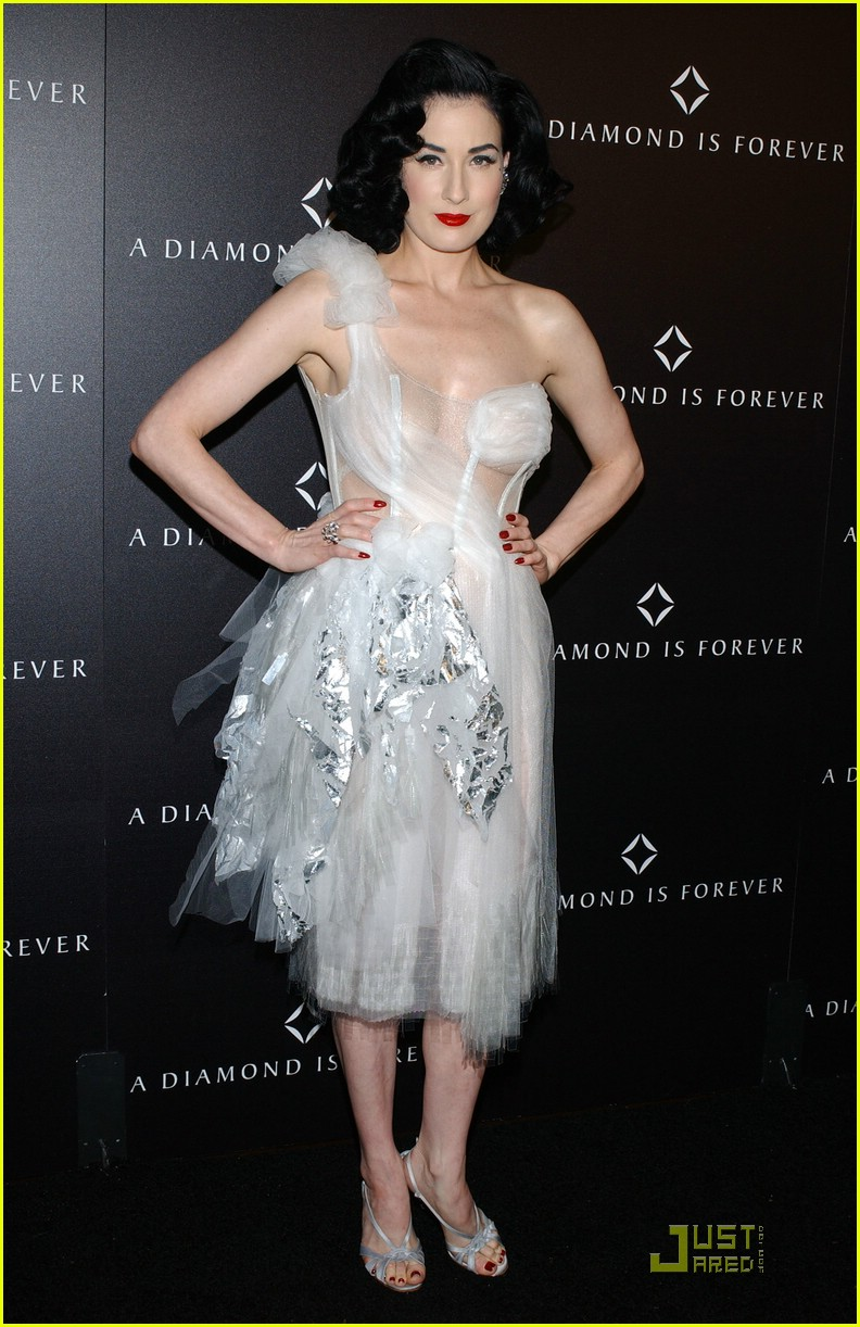 dita von teese diamond dinner 07