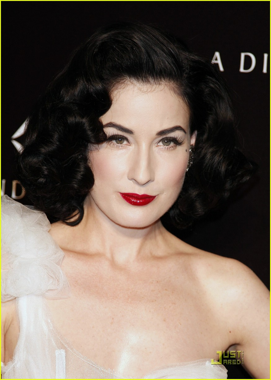 dita von teese diamond dinner 25
