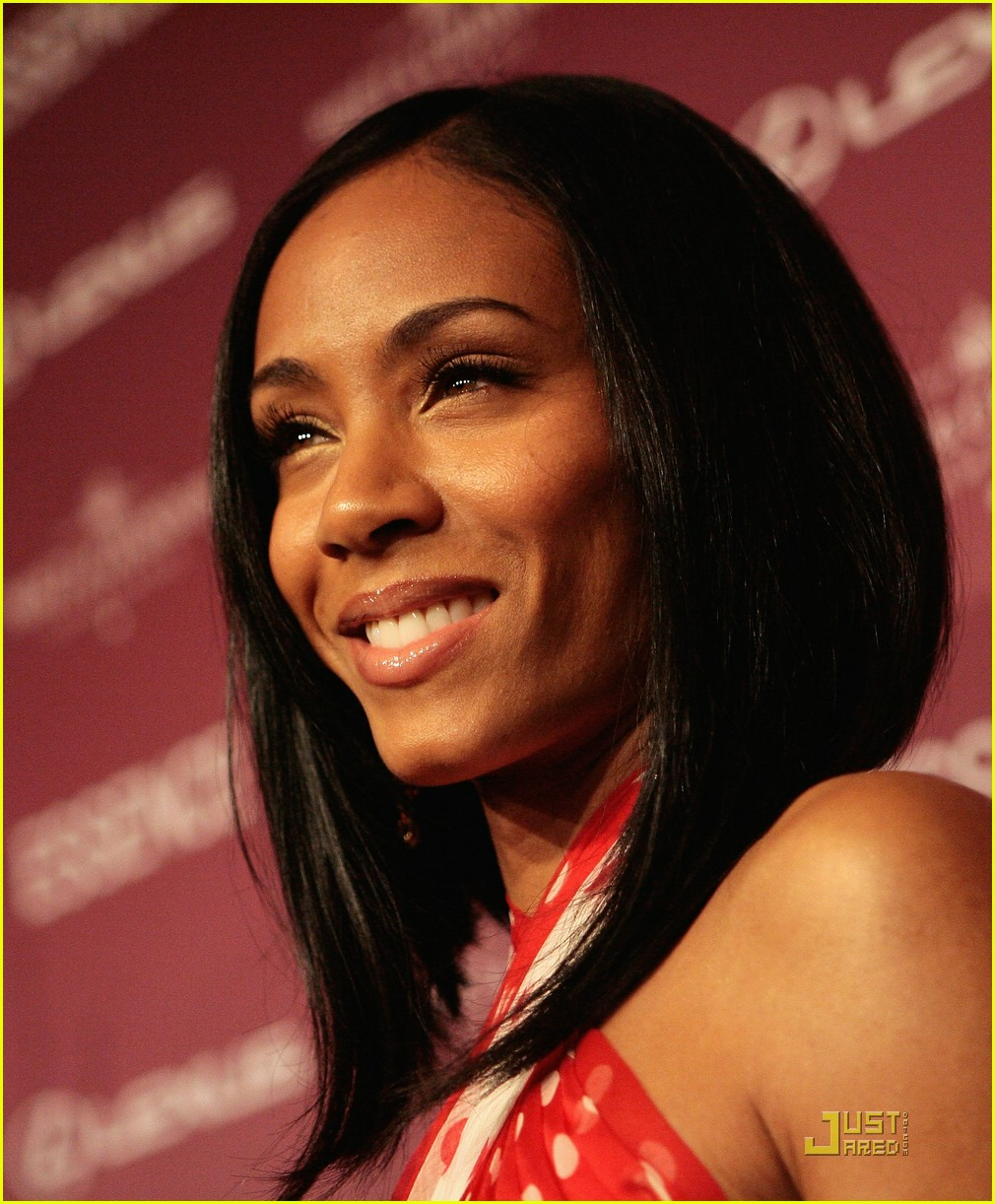 jada pinkett smith honored by essence 18947211
