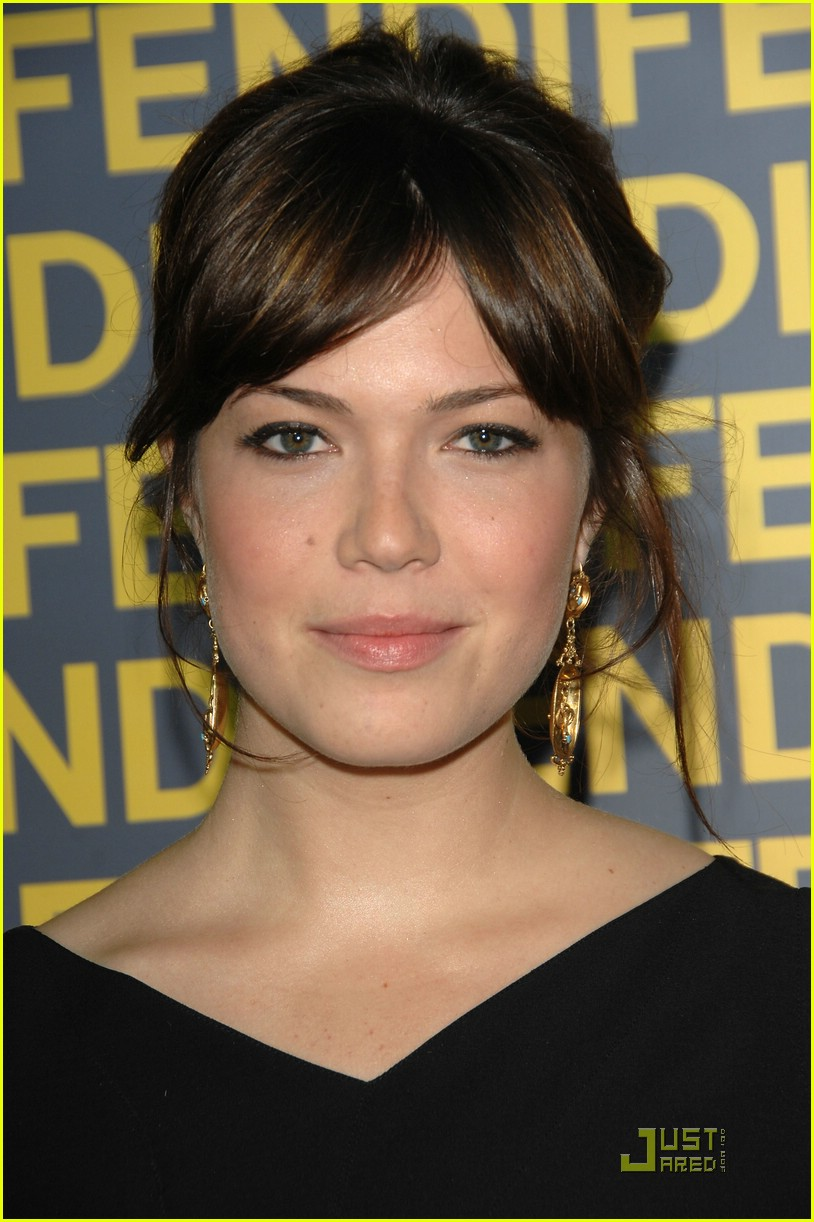 mandy moore fendi 01931781
