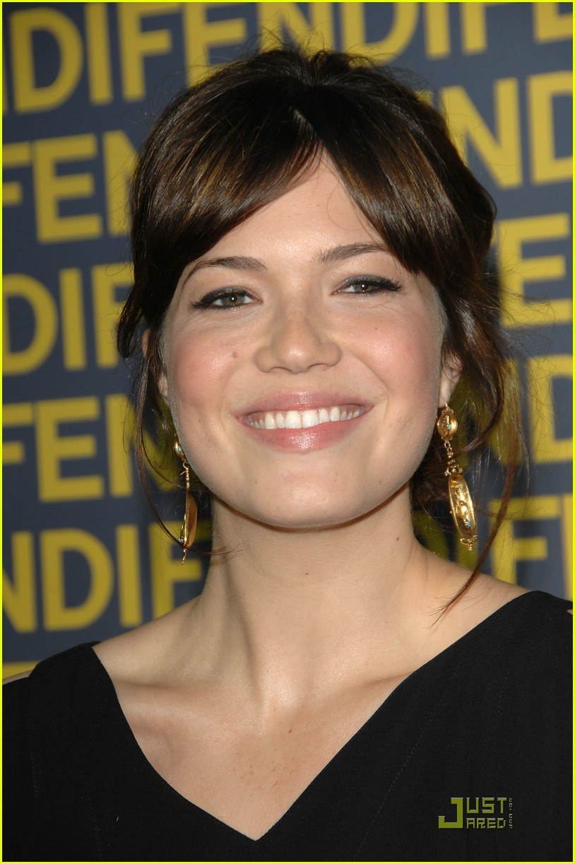 mandy moore fendi 09931861