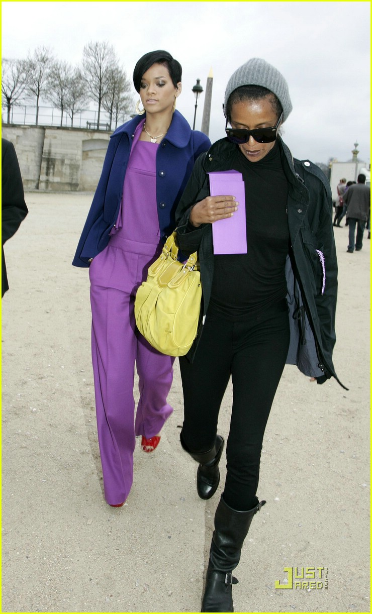 rihanna paris fashion week 02