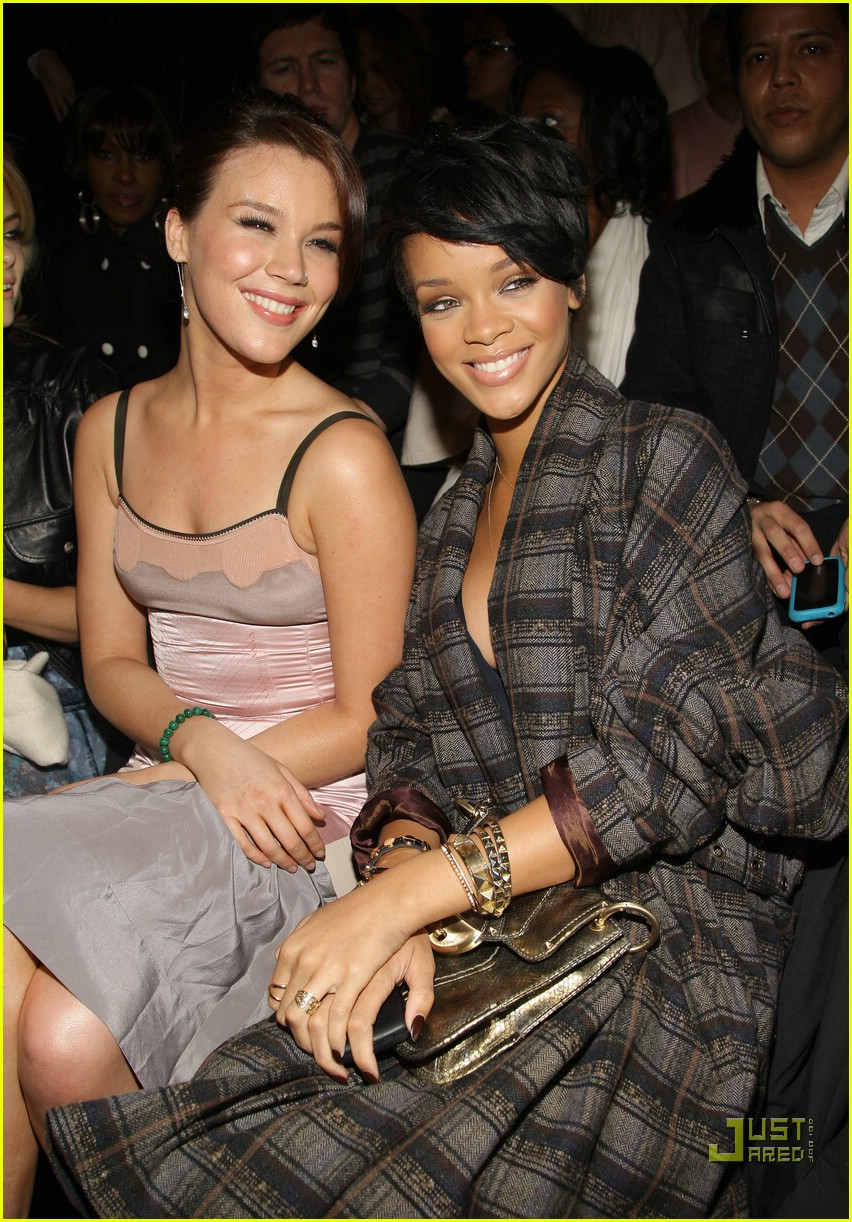 rihanna ny fashion week 29907021