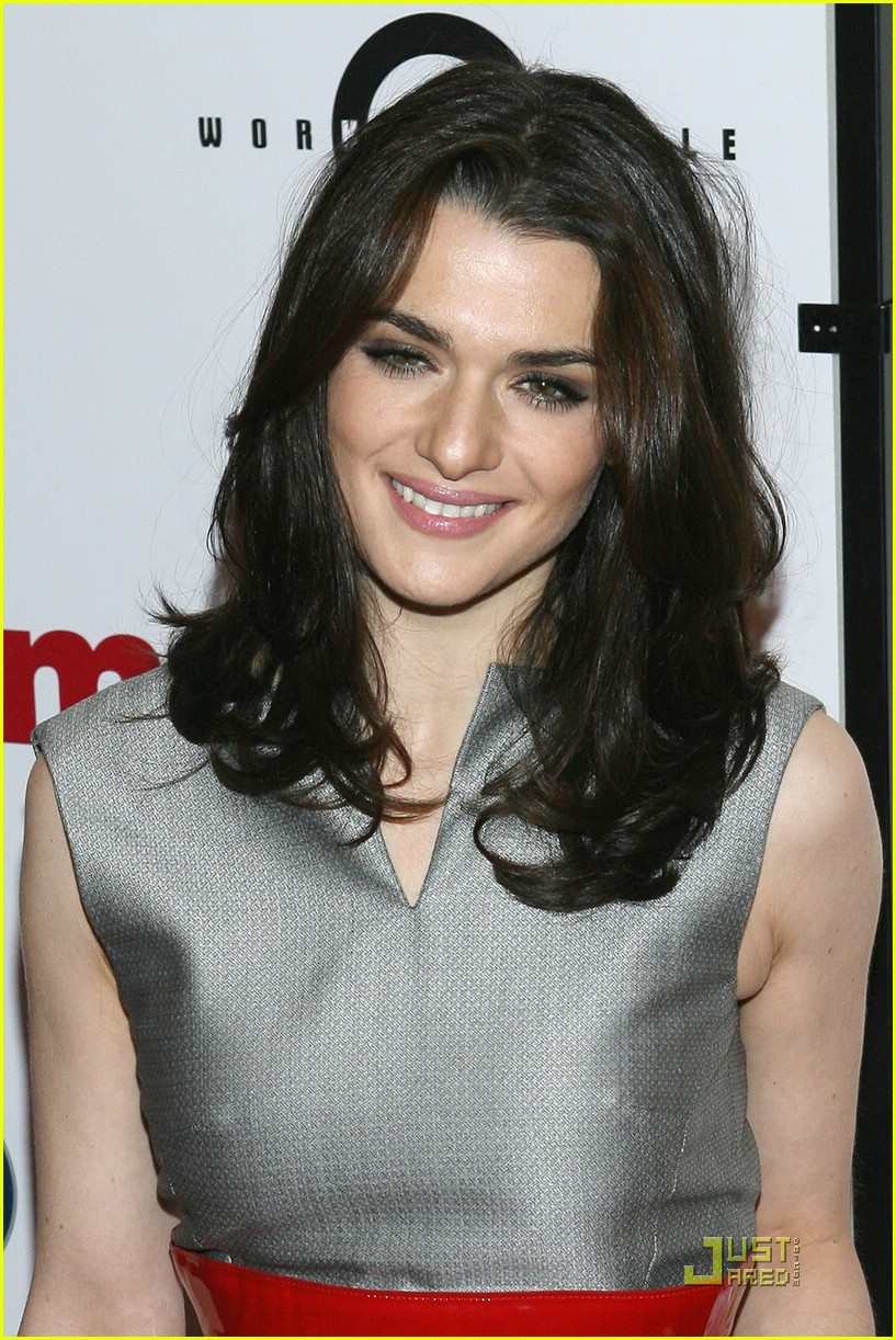 http://cdn04.cdn.justjared.comrachel weisz red belt of hotness.jpg09