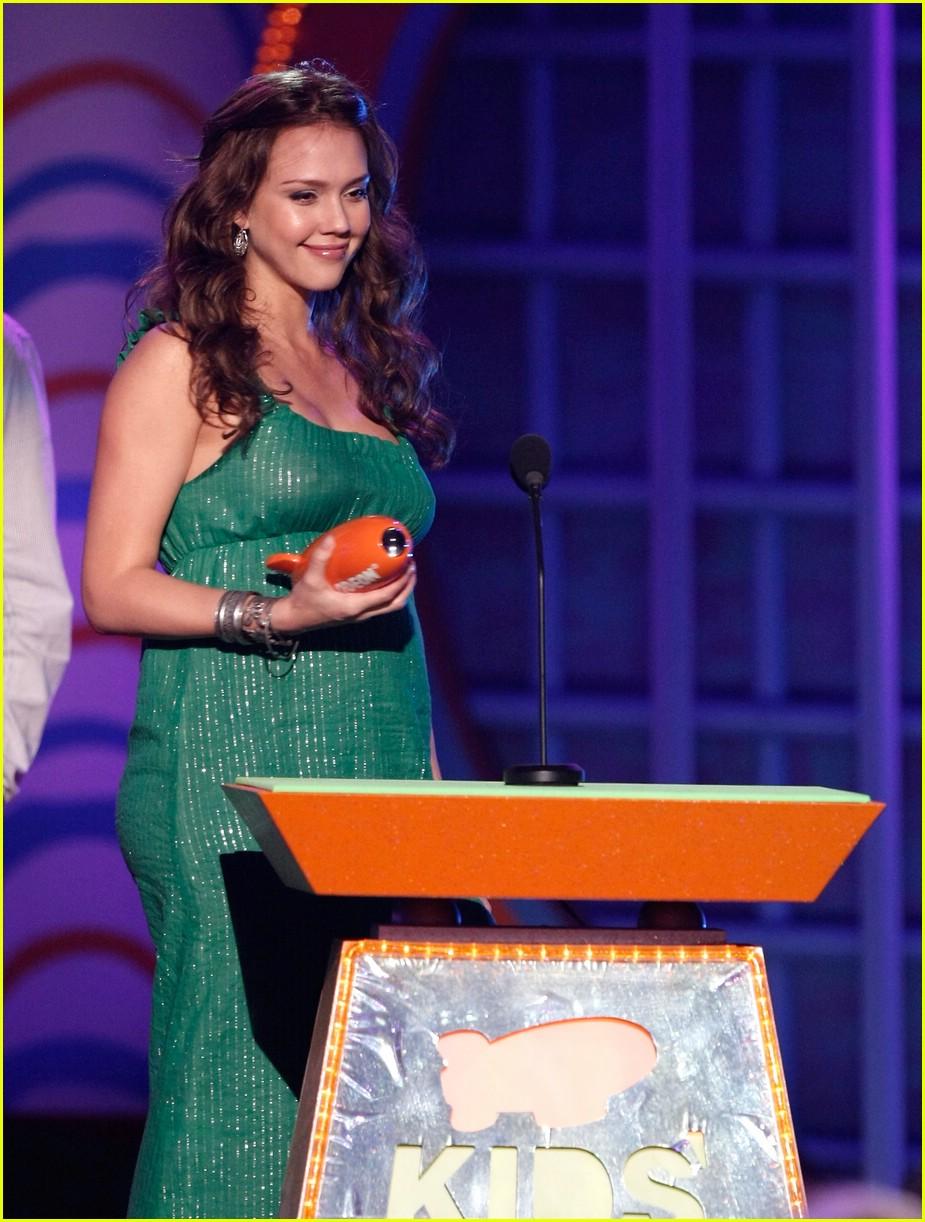 jessica alba 2008 kids choice awards 08