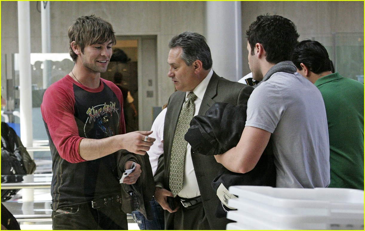 chace crawford blake lively lax 01