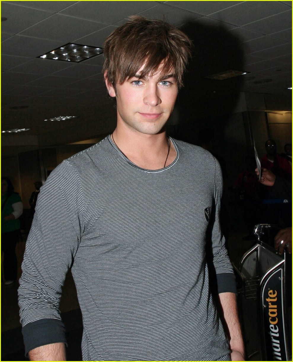 chace crawford phone 021012211