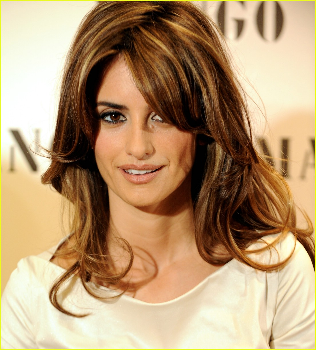 penelope monica cruz for mng 19